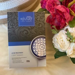 Revive Light Therapy Acne Treatment